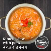 Kimchi stew with pork / 돼지고기 김치찌개