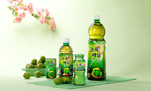 Woongjin Korean Plum Drink 50 72oz 1 5l